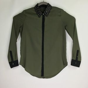 Rock and Republic Green Long Sleeve Stud Collar M